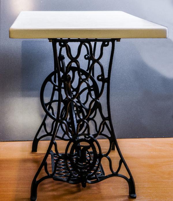 Эксклюзивный стол ручной работы